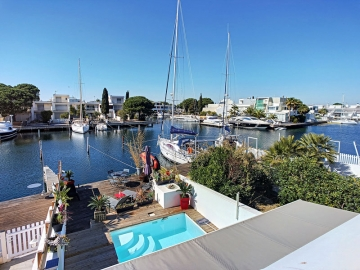 Nestenn Port Camargue : Les Marinas, un art de vivre !