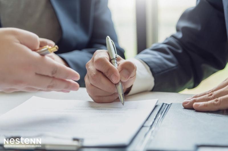 Dans le cadre d'un bail d'habitation, le locataire qui donne congé doit-il payer le loyer jusqu'à la fin du préavis ?