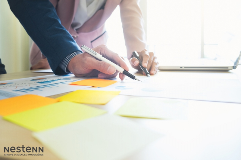 Quelles sont les options du vendeur lorsque l'acquéreur ne justifie pas avoir obtenu son prêt dans les délais prévus dans le compromis ?